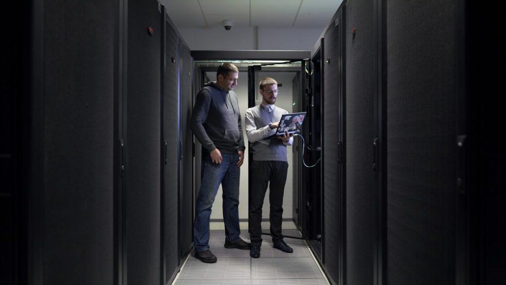 zaposleni u mainstream data centru